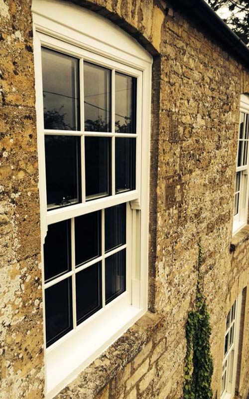 panel-window-cotswold-building